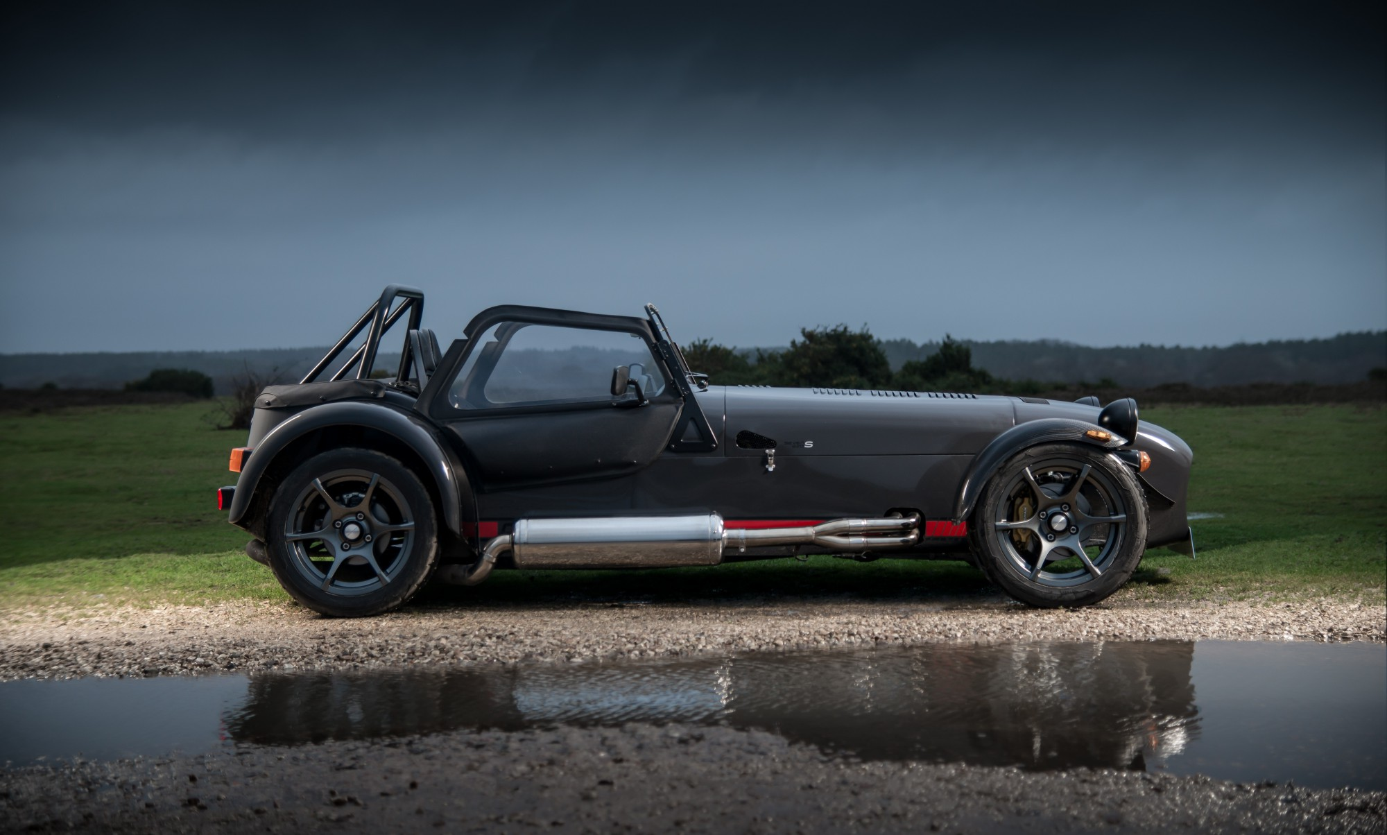 the-caterham-seven-620-receives-s-pack-and-wider-bodied-chassis-photo-gallery_18