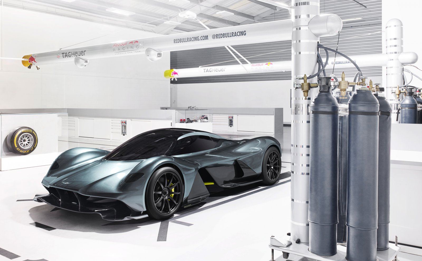 Aston Martin AM-RB 001 - Autovisie.nl